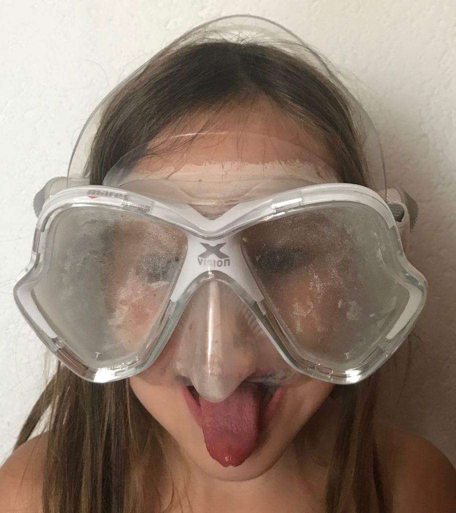 Méthode peu orthodoxe pour empêcher l'apparition de la buée dans son masque de plongée