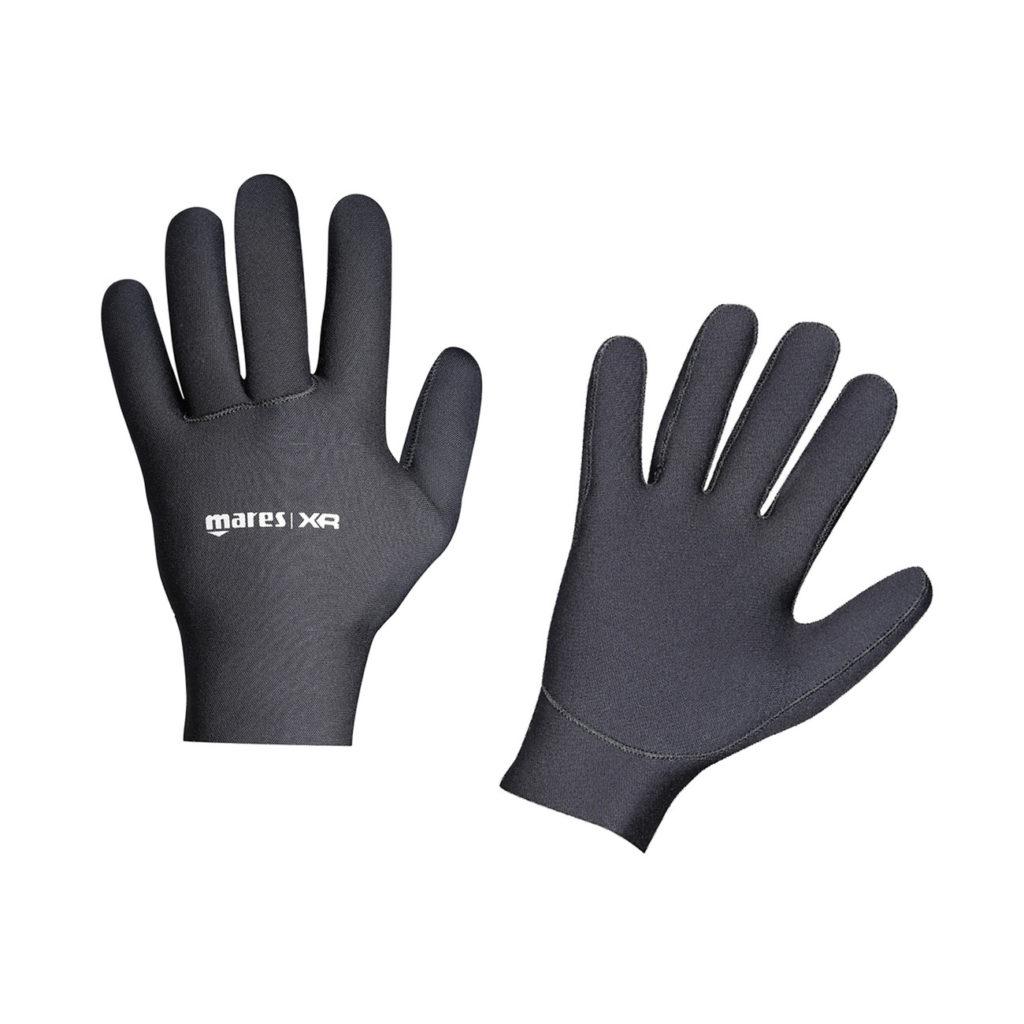 Avoir chaud aux mains dans ses gants étanche avec les sous-gants Mares XR Dry-Base