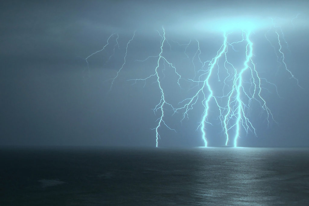 Peut-on plonger quand il y a de l'orage ou un risque d'orage important